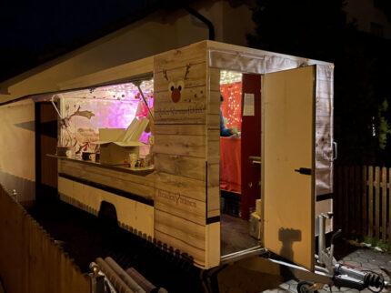 Rudis Sternenfunkel Ausschenkwagen Glühwein ToGo München Ausschankwagen Weihnachtswagen